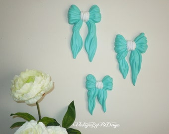 Winter SALE Set of four (4) Bows.  Vintage Homco. Ribbons. Wall Decor. Wall Hanging. Turquoise. Aqua Blue