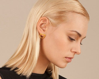 GOLD D EARRINGS