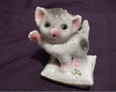 Vintage Kitten Collectible Figurine Made in Japan Hand Painted on a Gold Trimmed Pillow