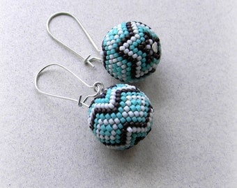 Turquoise seed bead  earrings - beaded beads - small