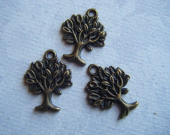 8 pcs Antique Bronze Tree Charms 20x16mm