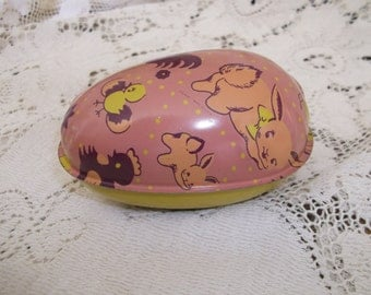 Easter Egg Tin Candy Container Colmor Bunnies & Chicks