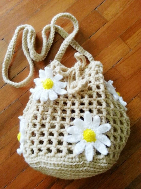 Mini Crochet Bag : Crochet bags Baa Baa Cream Sheep / Mini Bucket Bag with dai...