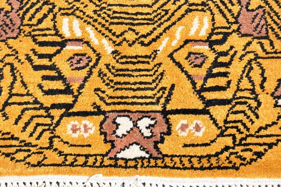 Handmade Nepal Tibet Tiger Rug 7 Ft By 4 Ft 8 In