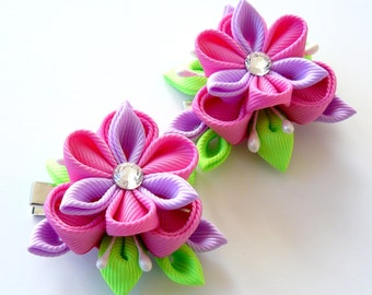 Kanzashi  Fabric Flowers. Set of 2 hair clips. Pink, orchid and green.