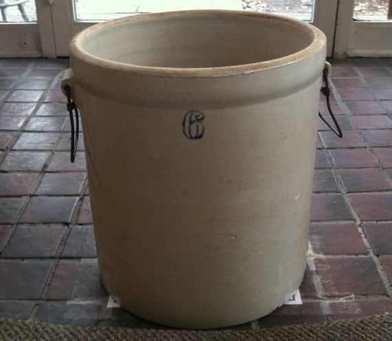 Vintage Colbalt Blue 6 Gallon Stoneware Crock With Metal