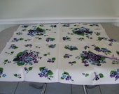 Vintage 1950s Linen Tablecloth 34 x 34 Hand Print with 4 Matching Napkins Purple and Blue Hydrangea