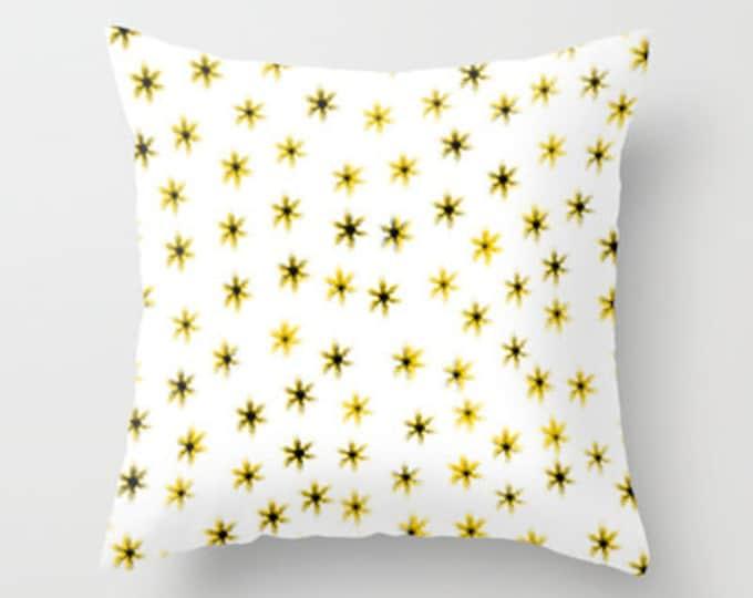 Daisy Art - Throw Pillow Cover Includes Pillow Insert - Daisy Flowers Pillow - Flower Pillow - Sofa Pillow - Made to Order