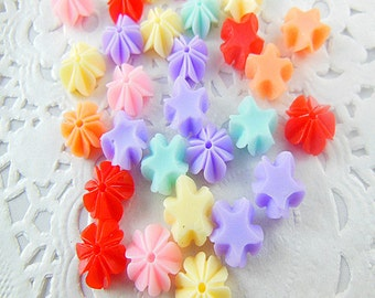 30pcs  Mixed colors  Small Rose flowers Resin flatback deco  cabochon 10mm