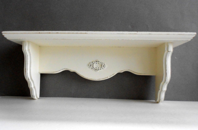 wall shelf vintage wood ornate shabby chic cottage white. Black Bedroom Furniture Sets. Home Design Ideas