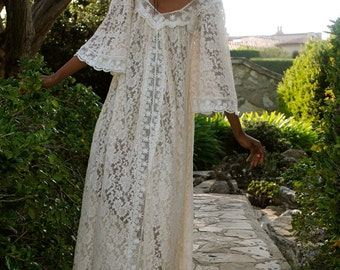 Hippie wedding dress etsy for Loose fitting wedding dresses