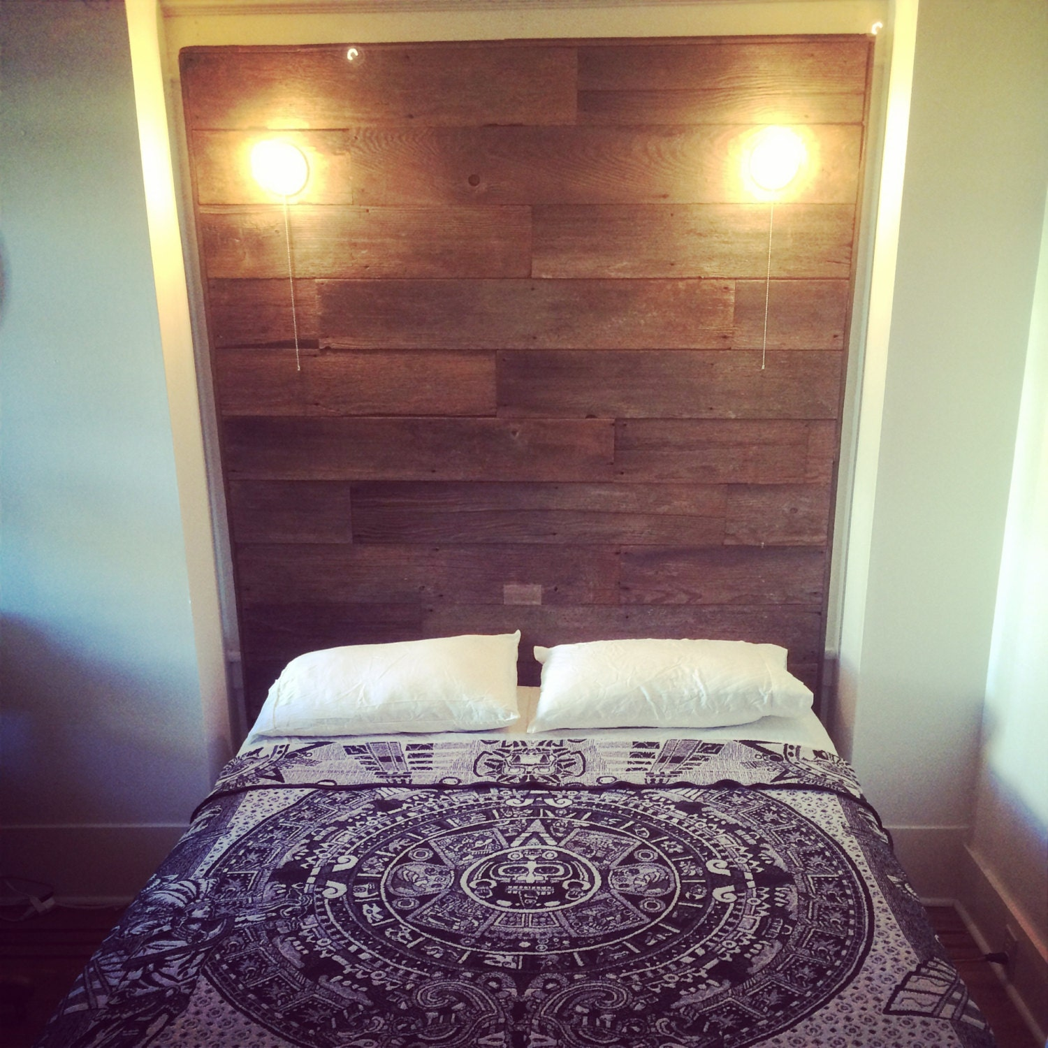 barn wood headboard with built in lights. Black Bedroom Furniture Sets. Home Design Ideas