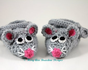 Mouse Baby Booties,fun baby gifts,newborn booties,baby shower gifts,baby reveal,baby photo props,new baby,keepsake baby gifts,mouse shoes