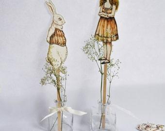 Alice in Wonderland  Paper Dolls Printable game