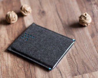 The 'K' - Kindle case cover sleeve, anthracite felt