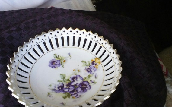 """Beautiful Bavarian Dish Gold trim reticulated edges with a bunch of purple pansies 61/2 X 21/2"""""""