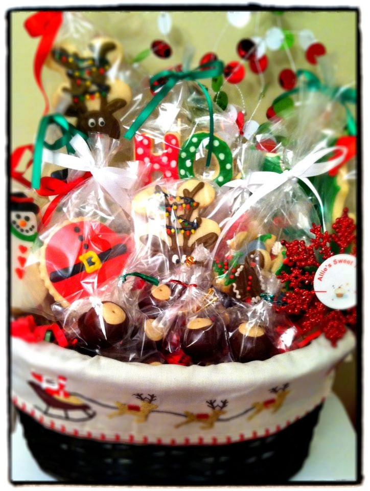 Christmas cookie gift basket for Christmas cookies to make for gifts