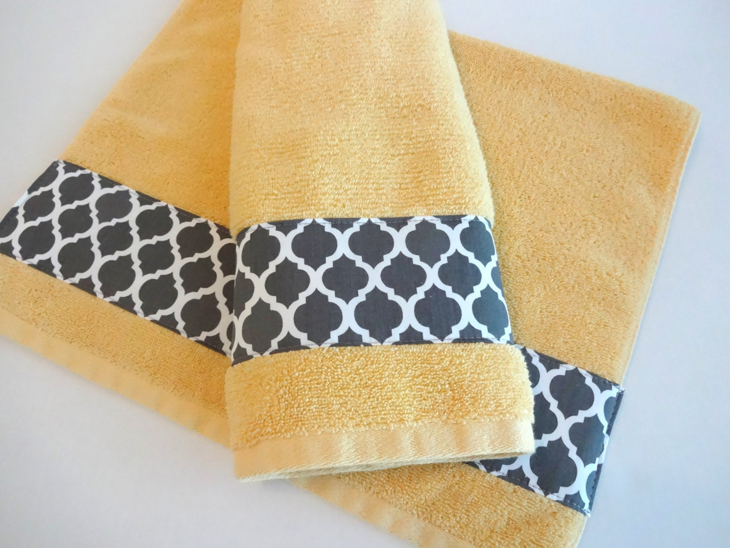 Bath towels hand towels yellow and grey bathroom towels for Bathroom hand towels