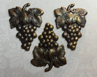 "Vintage gold plate brass grapes with leaves stampings,1&5/8th""/1"",3pcs-KC141"