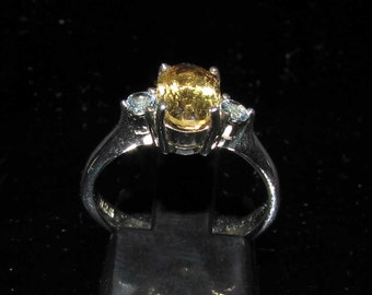 Classy Gemstone Ring with an oval cut yellow Citrin and 2 round Aquamarin Sterling Silver 925 size 6.5 (GR89)
