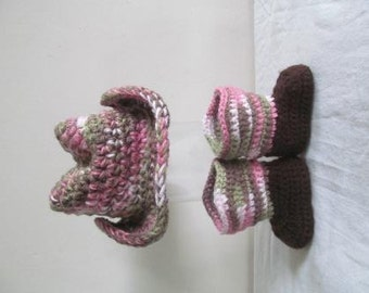 Adorable Pink Camo Hand Crocheted Baby Cowgirl Boots and Hat - MADE TO ORDER