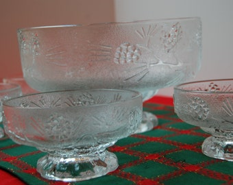 Vintage Salad Bowl and 4 serving Bowls Tiara Ponderosa Pine Pattern