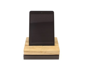 iPad / iPhone Swivel Stand