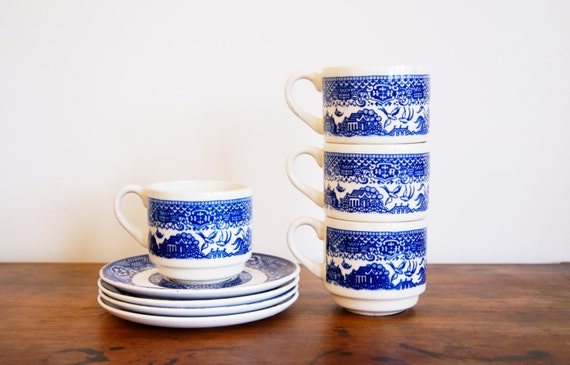 Vintage Blue Willow Tea Coffee Cup and Saucer Set of 4 USA