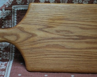 Oak cutting board with handle. solid red oak