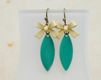 Enamel earrings bow turquoise bisquit