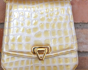 Small Gold Toned Frenchy of Hollywood Made in USA Vintage Handbag