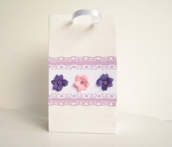 Handmade Paper Gift Bag with Quilling Flower Decoration, Set of 3 Bags