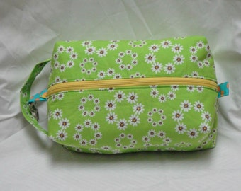 Daisy Polka Dot Boxy Knitting Crochet Project Bag, Cosmetic Pouch, Ditty bag, Large boxy bag, Makeup Toiletry Bag, Diaper bag pouch