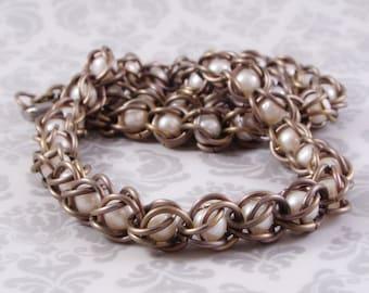Pearl Necklace in Rose Titanium