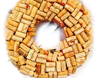 Plain wine cork wreath design