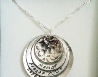Four disc domed necklace