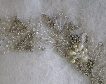 Crystal and beaded collar , crystal embellishment - Graceful