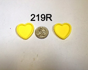 2/3/5 pc Yellow Heart Shaped Cameo Resin #219R flat back Bottle cap for Bow Center or Pendant