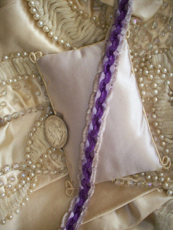 1 Yd Rare Victorian French Silk Chenille Trim From