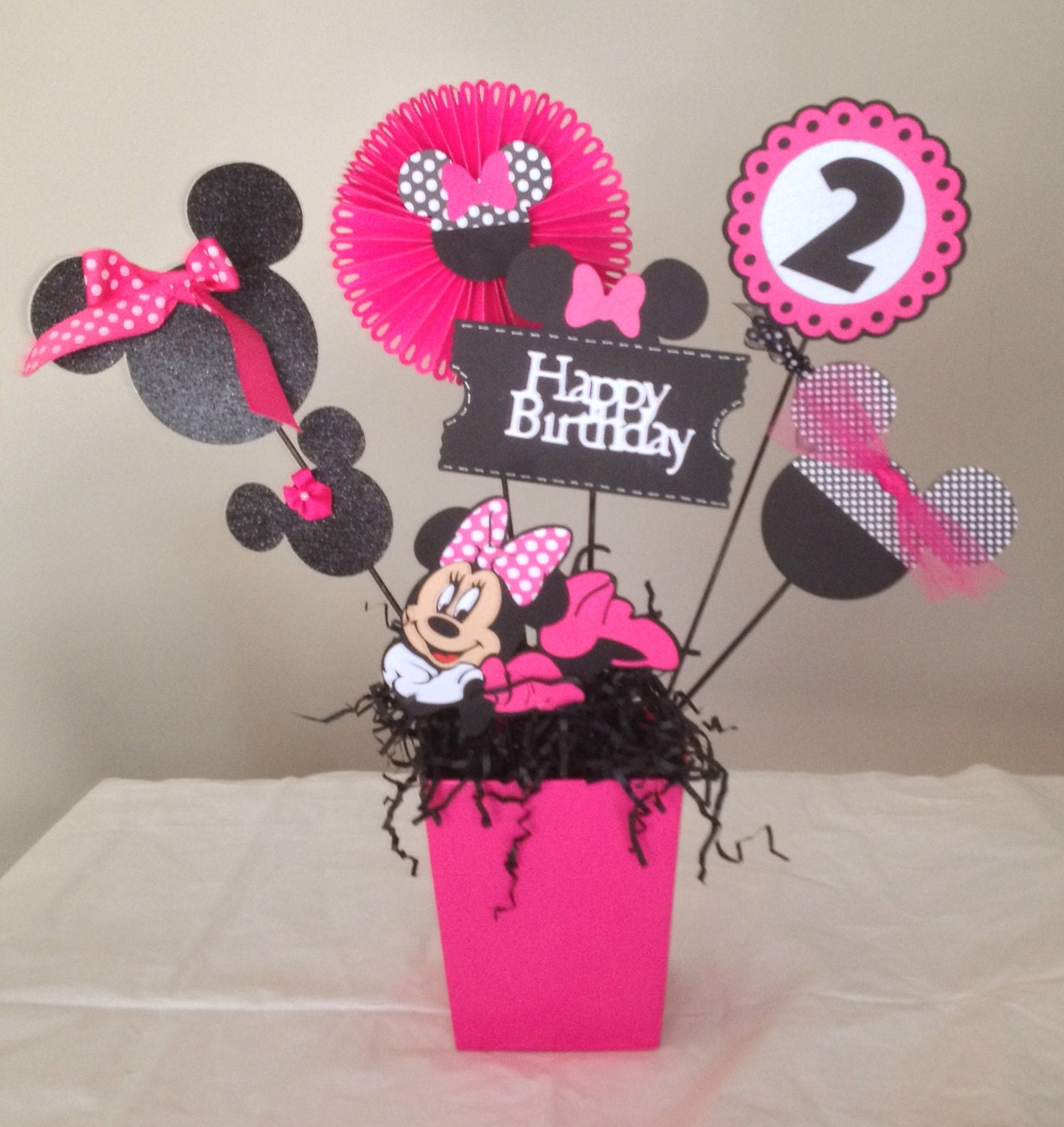 Minnie mouse happy birthday centerpieces minnie mouse zoom amipublicfo Choice Image