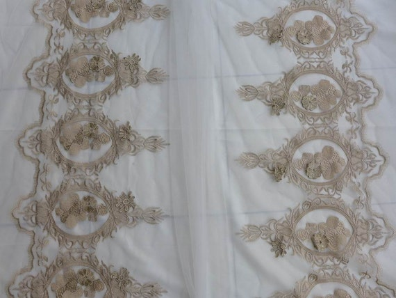 Vintage gold lace fabric gold embroidery lace fabric big - Chantilly telas ...