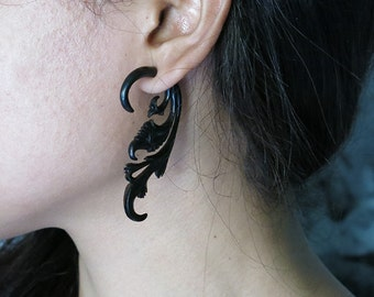 Fake Gauge Earring, Horn Fake Piercing, Organic Fake Piercing, Ethnic, Tribal Hand Carved Body Art Jewelry