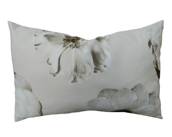 SAMPLE SALE***Iman Foto Fleur 12''x18'' Lumbar Pillow Cover