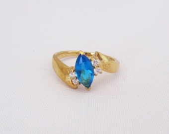 Vintage Sterling Silver Gold Vermeil Blue Topaz & CZ Ring Size 7.25
