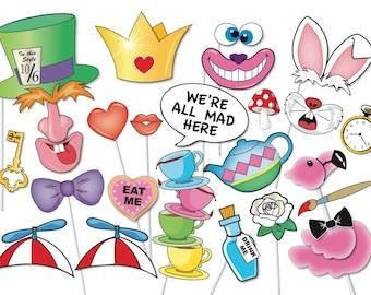 Alice in wonderland Party Photo booth Props Set - 33 Piece PRINTABLE - Croquet Set, Royal Croquet Court sign, Flamingo, 7 Directional arrows