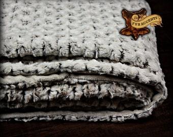 FUR ACCENTS Minky Cuddle Fur Throw Blanket / Reversible /  Rosebud Cuddle