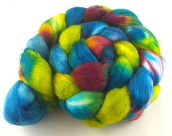 Hand Dyed SW Merino Roving (Top)  for Spinning 4 oz - Wild Parrots Hand Painted Fibre Green Fucshia Blue Chartreuse