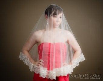 Sheer Drop Ivory Elbow Length Lace Illusion Wedding Veil