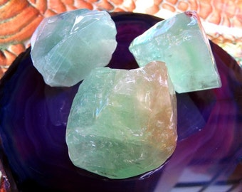 Green Calcite Healing Crystal, High Grade Palm Stone, Heart Chakra, Awareness Of Divine Love, Objective, Perspective, Clarity, Immune System