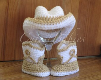 Newborn Baby Crochet Cowboy Hat & Boots Photo Prop.